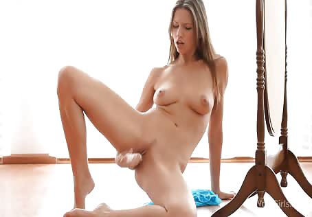 Masturbating sexy babe girl