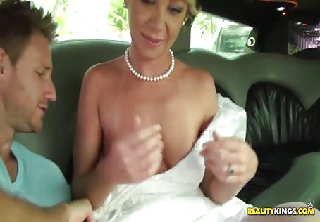 Fucking MILF Bride In A Car